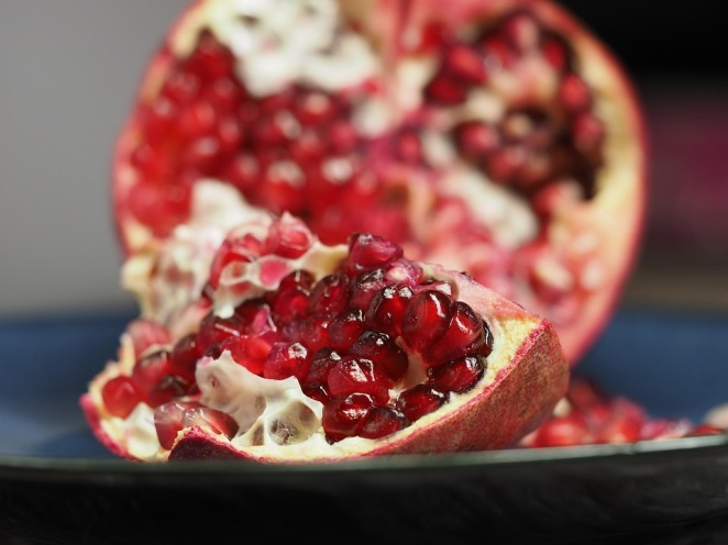 pomegranate-1076657_960_720