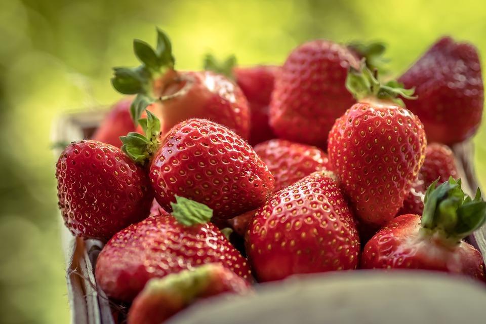 strawberry-2506001_960_720