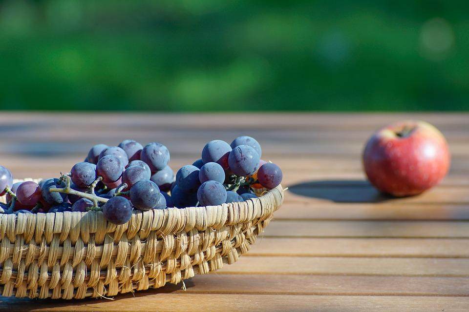 grapes-2641998_960_720