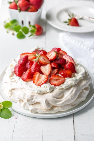 Strawberry-Pavlova-Image-1