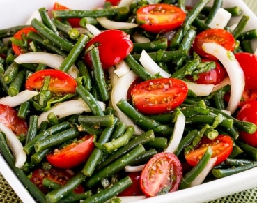 2-550-green-bean-tomato-onion-salad-kalynskitchen