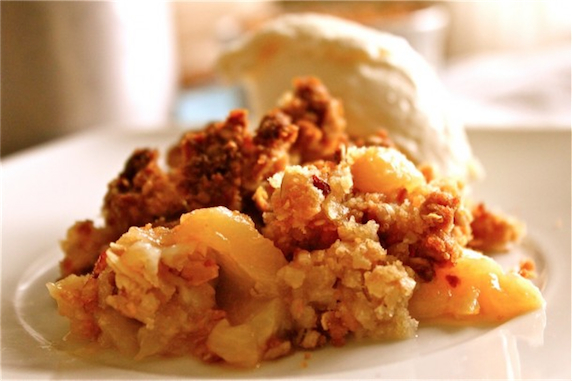 Peach-Crumble_1-610x406