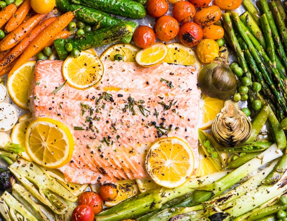 sheet-pan-salmon-primavera-8505608-May-06-2019