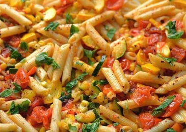Summer-Garden-Vegetable-Pasta-1024x683