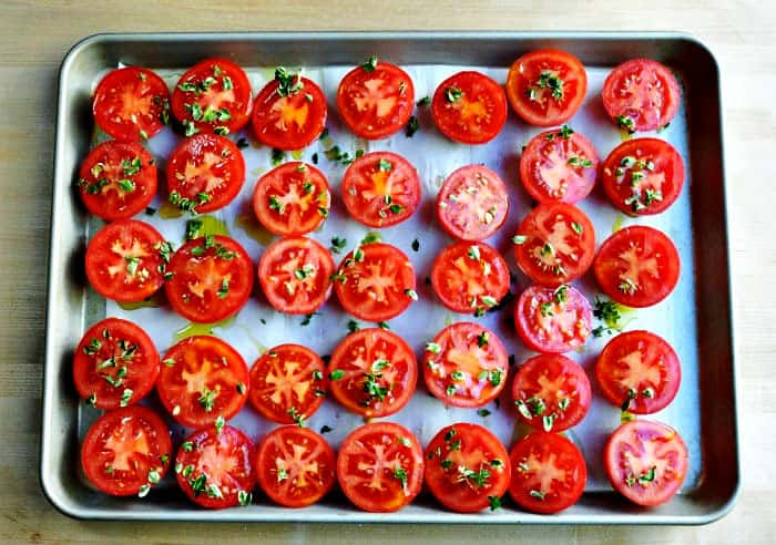 Tomatoes-Ready-to-Roast