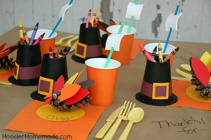 Thanksgiving-Kid-Table-56a492265f9b58b7d0d7992b
